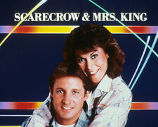 Scarecrow and Mrs King [Cast] (25528) 8x10 Photo