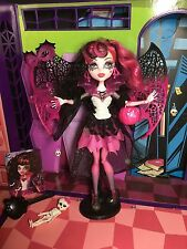 Muñeca Monster High Draculaura Ghouls Rule completo - - - Excelente Estado