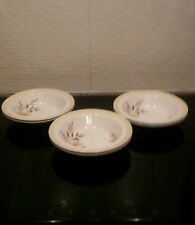Alfred Meakin Glo-White dishes x 6. Flower design. All in VGC. Retro / Vintage.