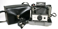 POLAROID LAND CAMERA 320 W/ FOCUSING FLASH IN CASE