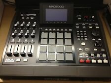 Akai MPC 5000 Sampler WORKSTATION Drum Machine  w Power Cord and USB cord