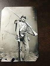 Civil War US Soldier With Rifle TinType C040SP