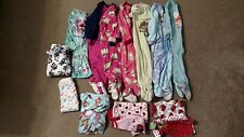 Lot of 15 Pieces Girl 24m 2T Pajamas Clothes