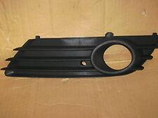 VAUXHALL ASTRA MK5 04-06 FRONT BUMPER FOG GRILLE LH PASSENGER SIDE