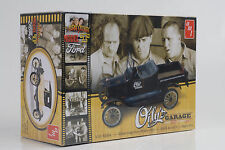 1925 Ford Model T Oly´s Garage Car Kit Bausatz 1:25 AMT 1012/12