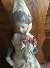 Lladro 1304 Valencia Girl with Flowers Missing 3 Flowers! No Box! Hard to Find!