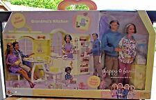 Barbie 2003 Mattel Happy Family Grandma's Kitchen With 2 Dolls  New in Box