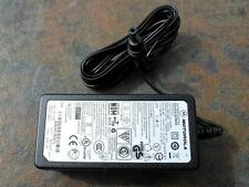 NEW OEM MOTOROLA Laptops AC POWER ADAPTER AA26220L / 524475-041 output 12V 2A