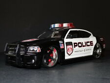 JADA Toys Dub City 2006 Dodge Charger R/T Police Cruiser 1:18 Die Cast Model Car