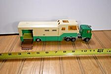 VINTAGE MAJORETTE METAL & HORSE TRANSPORT SEMI TRUCK & TRAILER - GREEN VARIATION