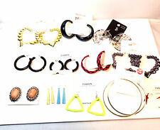WHOLESALE/JOBLOT 200+ ASSORTED CARDED LADIES FASHION EARRINGS  BRAND NEW!!!