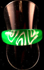 Funky Acrylic Neon NYE Birthday Hen Party Chilly Ring S: 9 - R Green & White