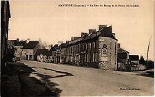 CPA Mayenne-Martigné-Le Bas du Bourg et la Route de la Gare (186469)