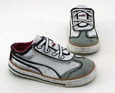 Sneaker Puma Klettverschluss Halbschuhe Textil weiß grau Gr. 23