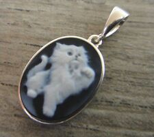 blue and white kitten carved agate cameo and .925 sterling silver pendant NEW