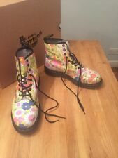 Dr martens size 9 Vintage Daisy Yellow