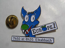 PIN'S RADIO EUROPE 1 7H50 ET 8H20 ELKABBACH