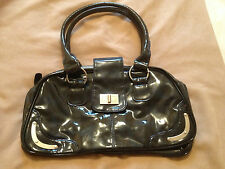 SHINY BLUE MOTTLED PATENT LOOK HANDBAG WITH MAGNETIC CLASP