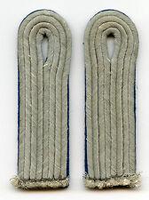 Original Wehrmacht Paar Schulterklappen für einen Leutnant der Verwaltung
