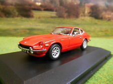 OXFORD DATSUN 240Z SPORTS CAR IN RED 1/43  IN DISPLAY CASE DAT001