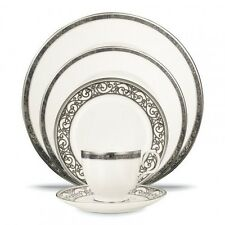 Noritake Verano 20Pc China Set, Service for 4