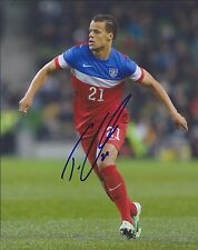 TIM TIMOTHY CHANDLER #21 Signed Team USA Soccer 8x10 photo - World Cup Olympics