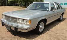 Ford : Crown Victoria LX 5.0 FUEL INJECTED ALLOY WHEELS VINYL ROOF CLEAN