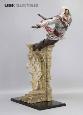 Assassins Creed Ezio Auditore-Leap Of Faith 39cm statua statuina/ora in magazzino