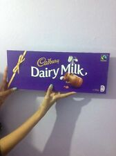 HUGE GIANT CADBURY DAIRY MILK CHOCOLATE BAR - BIGGEST BAR 850g - NEW Valentines!
