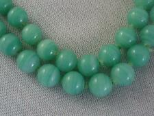 VTG DOUBLE KNOTTED STRAND 8MM BEAUTIFUL GREEN GLASS BEAD NECKLACE C) 1960S