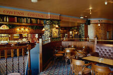 759053 English Pub Interior A4 Photo Print