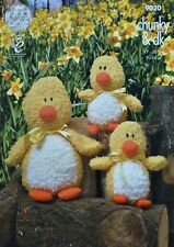 KNITTING PATTERN Mother Duck & Baby Duckling Cuddles Chunky Easter Chick 9020