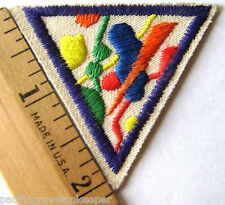 Girl Scout Brownie 1990s COLORS & SHAPES TRY-IT Math Geometry Patch Badge