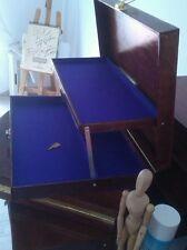 scatola di legno per le nuove matite