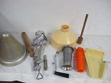SQUEEZO STRAINER JUICER SQUEEZE WITH BEACON WARE COLANDER WITH SIEVE