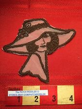 Super Delicate Vintage Patch Of Pretty Lady In Large Fashion Hat 63Z9