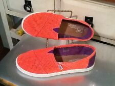 """Toms Women's Bright orange Ballet Flat Shoes, One For One Size- Y 5"""" EUC"""""""