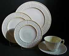 Irish Belleek 19-G Limpet Pattern 5 pc Place Setting 2nd Green Mark 1955-65