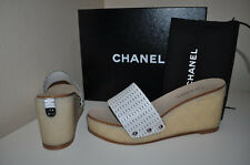 $795+  CHANEL Sz 40 / 10 CC SECRET QUILTED White Leather Sandal Slide Shoe Mules