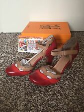 SOLD OUT Modcloth Miz Mooz NYC Leather Red Orange Beige Wavy Heels Sz 10