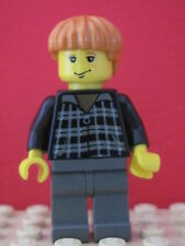 LEGO Harry Potter @@ Minifig hp032 @@ Ron Weasley Black & White Plaid Shirt 4727