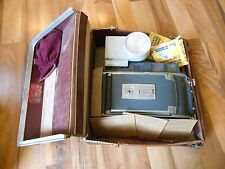Old Vintage Polaroid Land Camera 900 Electric Eye w/ Case, Wink Light, Polacolor