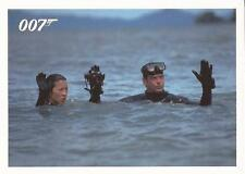 """James Bond Archives 2014 - """"Tomorrow Never Dies"""" Chase Card #049"""