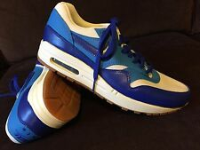 RARE Nike Air Max 90, Mint condition, White Blue, Navy Womens 8.5, 40 EUR
