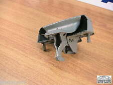 Peugeot 403 Trunk Lock Latch   NOS  8627.06