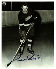 Gordie Howe early posed photo - may be a Rookie photo? - very RARE!!!
