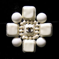 Auth CHANEL CC Pin Brooch Pendant Top Silver Plated White 04P Vintage 01Y163