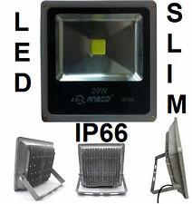 Faro LED bianco freddo 6000K 20W.Esterno,Impermeabile IP66. Faretto proiettore