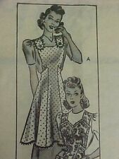 SALE Vintage Bib Apron Full Size Pattern Mail Order Sexy 30s Sewing Fabric