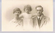 PRIVATE PRINTED POST CARD MOTHER FATHER AND DAUGHTER A FAMILY C1920